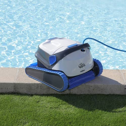 Nettoyage - App piscine coque polyester Nievre et Hautes Ppyrenees